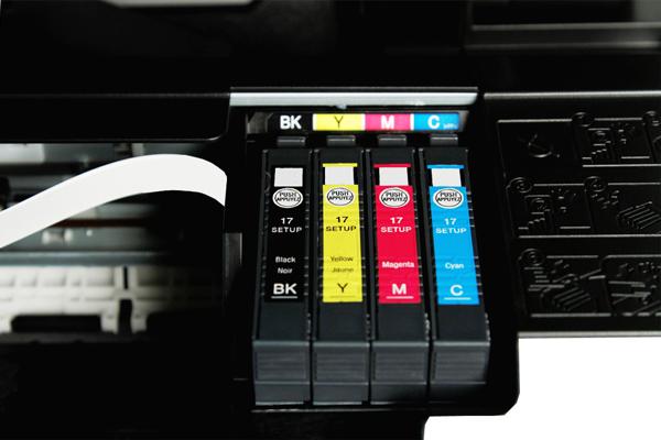 видео epson cx7300 при копировании черно белое качество полосит